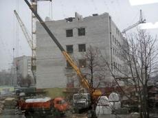 Открытие хирургического корпуса детской больницы перенесли