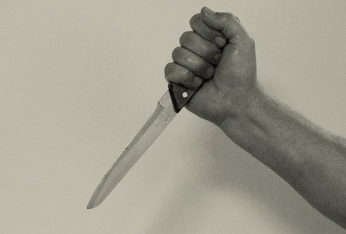 Пенсионерку из Моршанска зарезал скрывающийся преступник