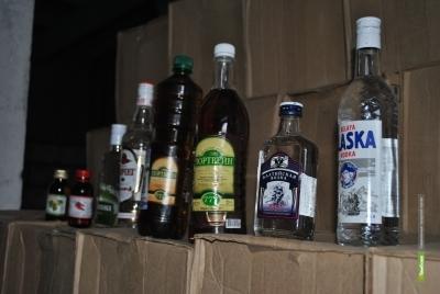 Полицейские прикрыли очередной подпольный алкомаркет в Тамбове