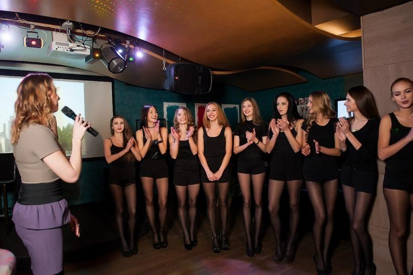Участницы регионального конкурса красоты поборолись за звания «Мисс Талант» и «Мисс Диско»