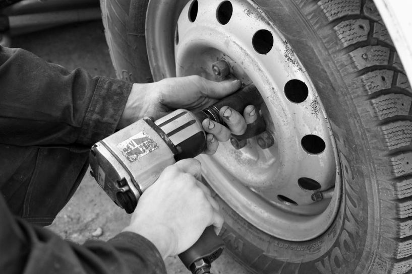 Не забудь шипы: 1 января заработал новый штраф для водителей