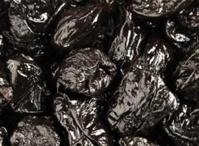 Ученые выяснили, что чернослив помогает против ломкости костей