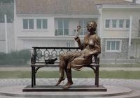Церетели открыл памятник Цветаевой во Франции