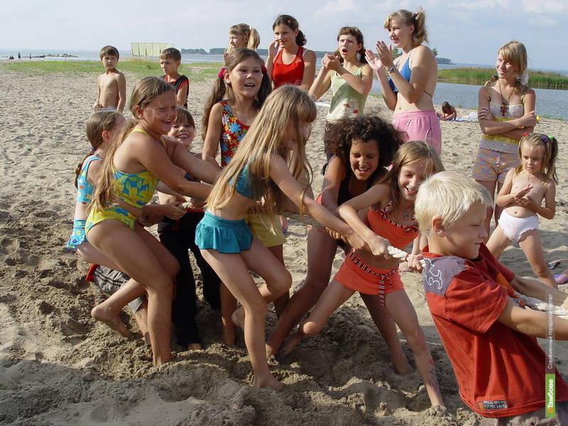 Тамбовских детей застрахуют на время отдыха в лагерях