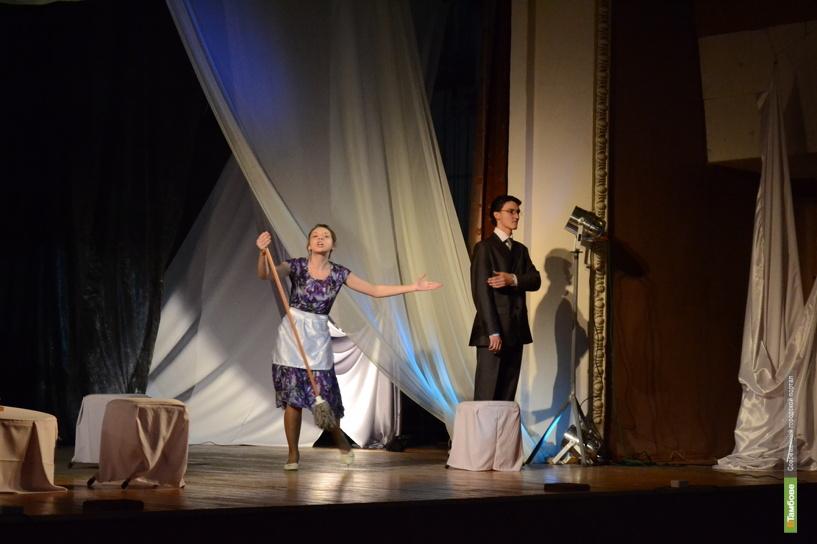 Тамбовские актеры-любители застряли между жизнью и смертью