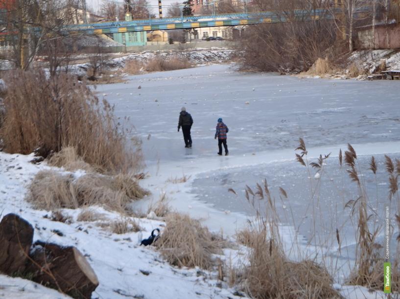 На канале Цны под лед провалилась чета пенсионеров с внучкой