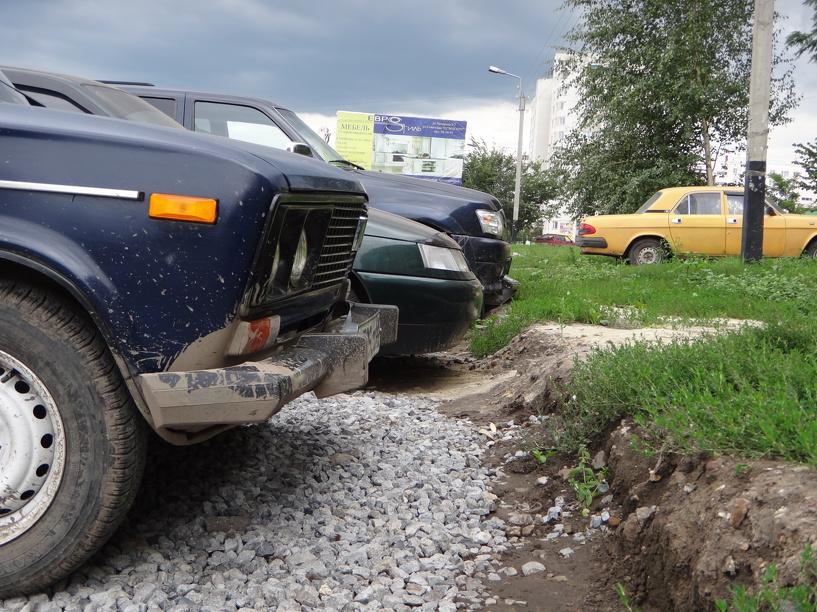 На западе Тамбова «разогнали» нарушителей правил парковки