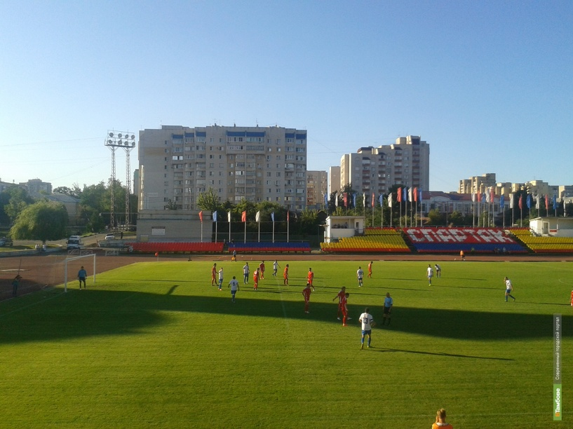 Тамбовские футболисты обыграли соперников из Москвы