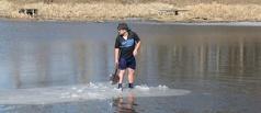 Тамбовчанин пустился в плавание на льдине