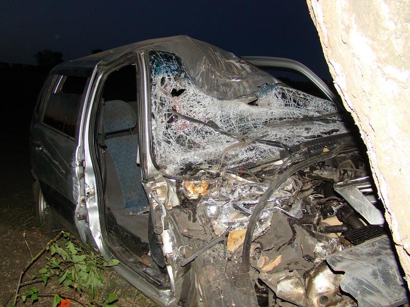 В Рассказовском районе Niva Chevrolet врезалась в дерево