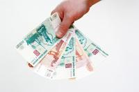 В 2013 году россияне стали меньше пользоваться бумажными деньгами