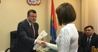Губернатор пообещал лично помочь девушке с онкологией