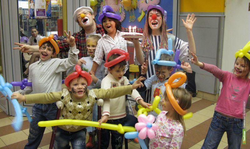 Маленькие тамбовчане отпраздновали день рождения Деда Мороза