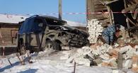 Жильцы дома, протараненного «Ленд Крузером», получили травмы