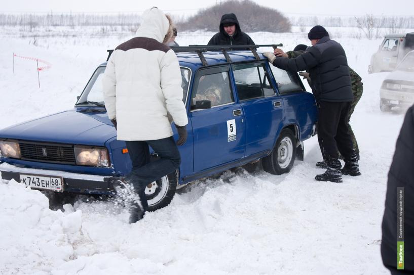 Оттепель помешала тамбовским экстремалам выйти на старт зимней автогонки