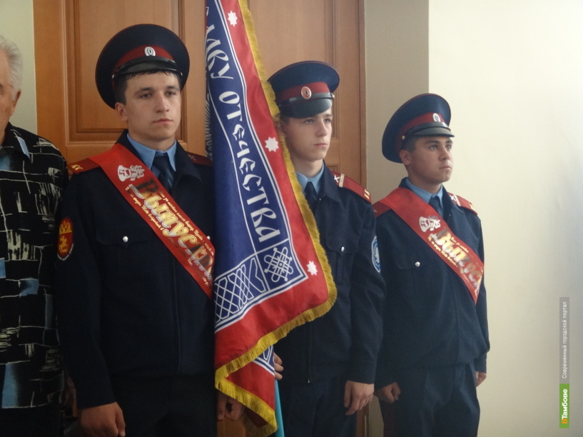 У юных тамбовских казаков появилось свое знамя