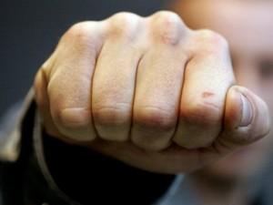 Житель Московской области сломал тамбовчанке челюсть