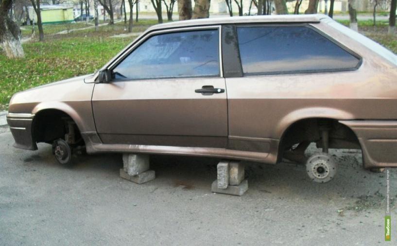 В Тамбове задержали серийного похитителя автомобильного имущества