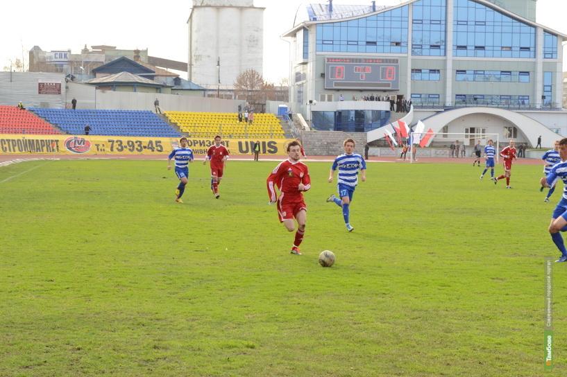 ФК «Спартак-Тамбов» отправился в Пензу на первый матч в 2013 году