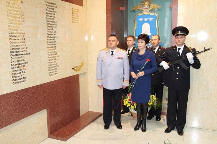 В Тамбовском УМВД открыли мемориальную доску в память о погибших сотрудниках