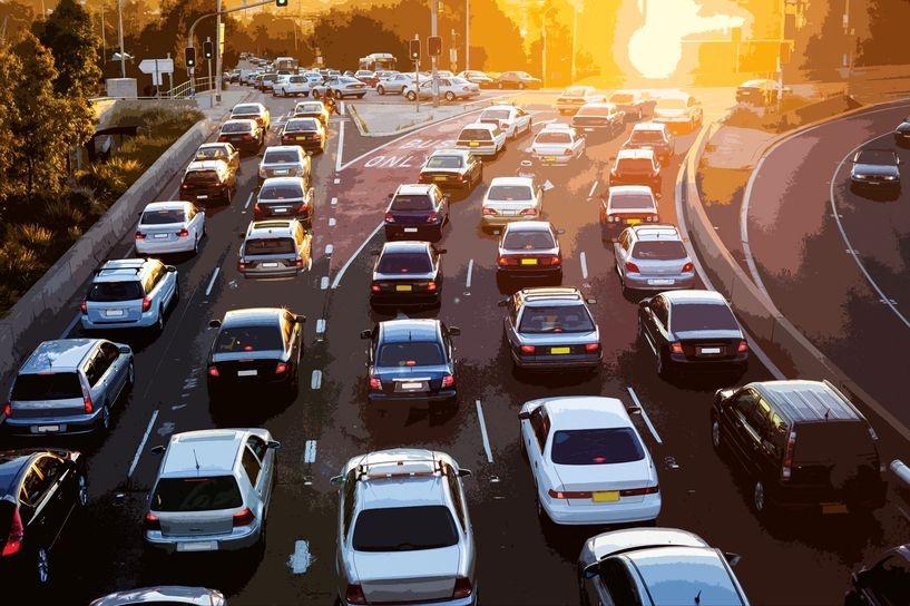 Автомобильные пробки плохо влияют наздоровье водителя ипассажиров