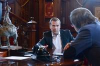 Медведев признался, что от интернета у него пропадает аппетит