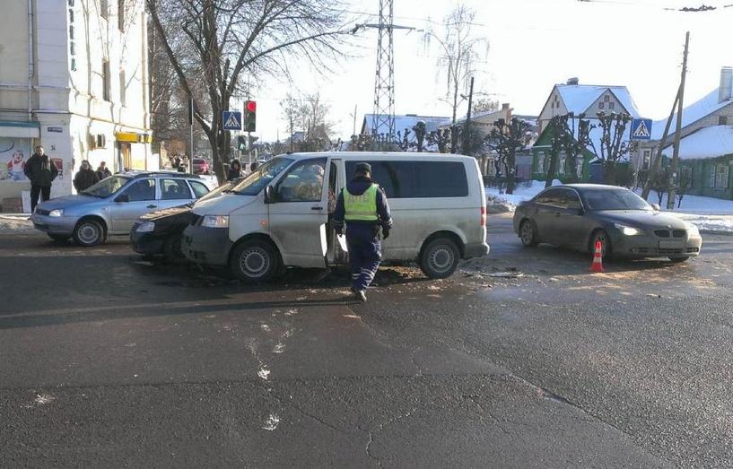 В ДТП на западе Тамбова пострадала молодая автоледи