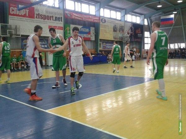 В четвертьфинальной серии БК «Тамбов» одержал победу над БК «Союз»