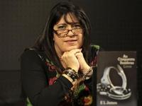 Автор «50 оттенков серого» стала самой богатой писательницей