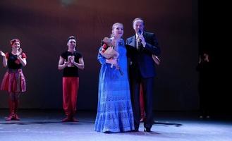 На концерте в Тамбове Марину Девятову сделали послом Новогодней столицы