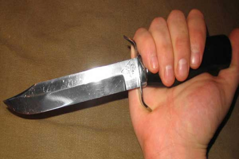 Жительница Мичуринска вонзила себе нож в сердце