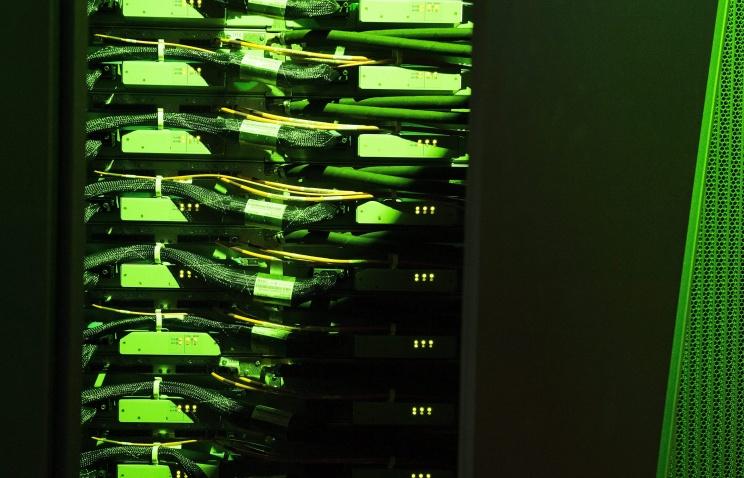 В России разрабатывают супермощный компьютер на 1,2 петафлопса