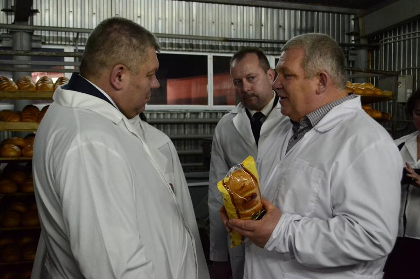 Белорусы на тамбовской земле: гродненцы посмотрели, как пекут настоящий тамбовский хлеб