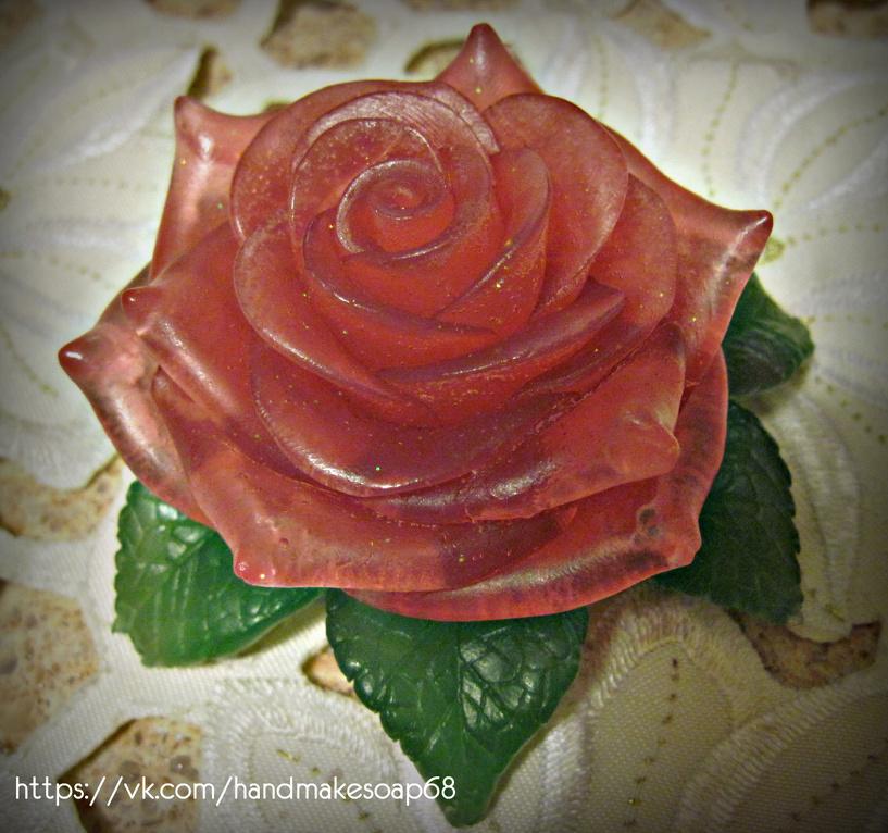 Лайфхак для влюблённых: варим мыло в подарок