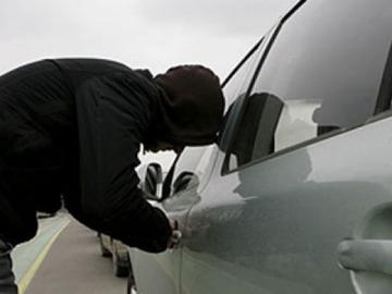 В области подросток угнал автомобиль и попал в ДТП