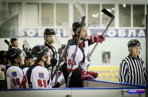 Тамбовские хоккеисты открывают год домашней встречей