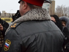 Житель Мичуринска ответит за избиение полицейского