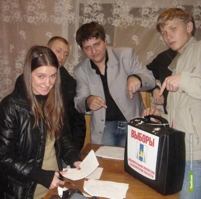 «Единороссы» трудоустроят беспартийных молодых тамбовчан в ГосДуму