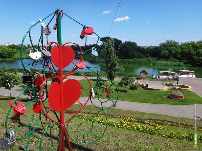 В Тамбове «выросли» новые деревья-сердца