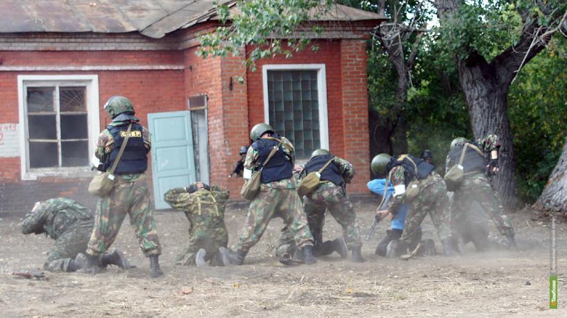 Во время учений условные террористы «захватили» тамбовский пороховой завод