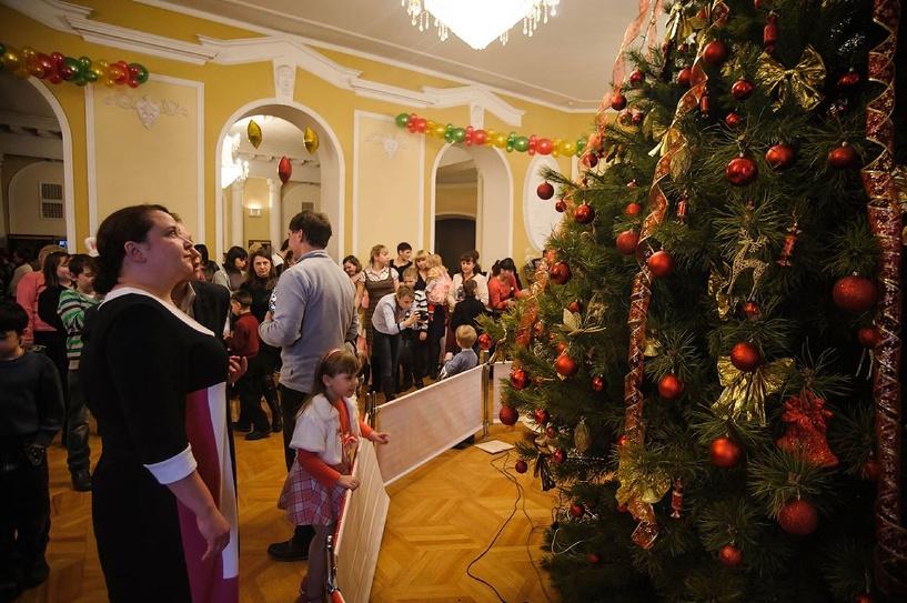 Для сирот и детей из многодетных семей устроят настоящий праздник
