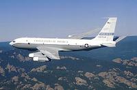 Американский разведывательный самолет пролетит над Россией
