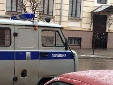 Полицейские задержали подозреваемых в грабеже из ювелирного магазина
