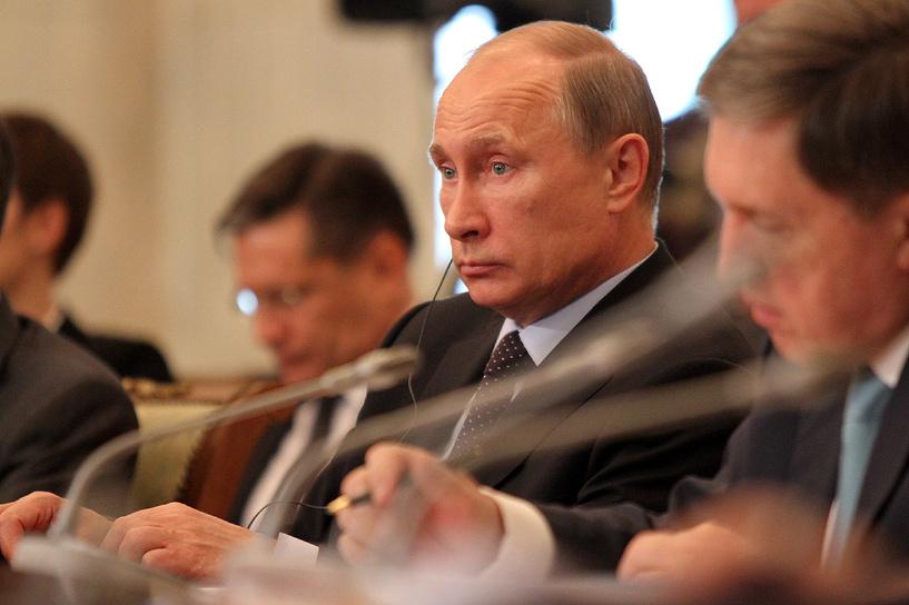 Путину — пилинг, Сечину — лифтинг! Косметологи занялись первыми лицами страны