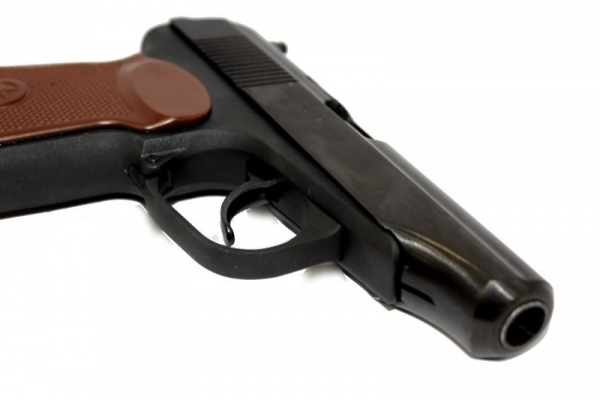 В центре Тамбова задержали молодого человека с незарегистрированным оружием
