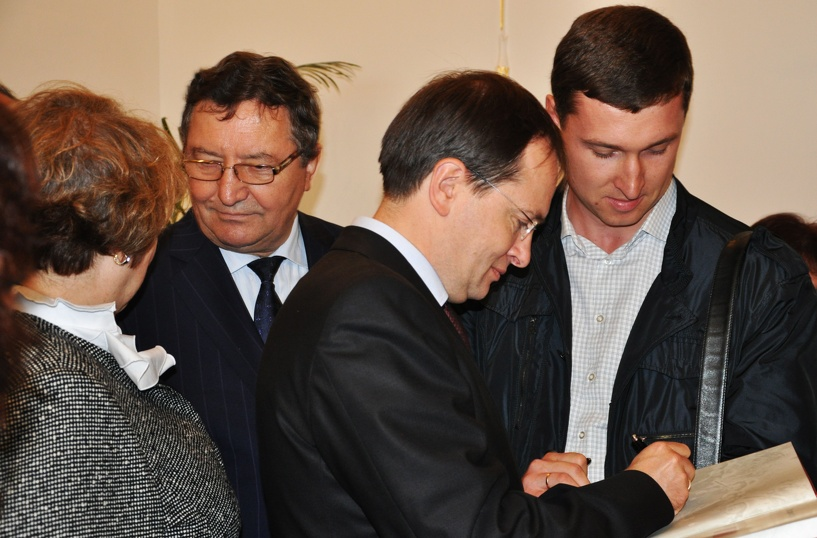 Губернатор Олег Бетин встретился с министром культуры РФ