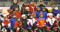 Олимпийский чемпион по хоккею провел мастер-класс для юных мичуринцев