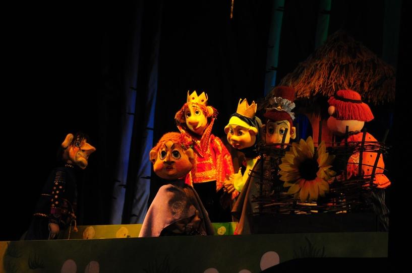 Тамбовский государственный театр кукол открыл 81-ый театральный сезон