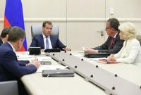 Медведев решил контролировать расходы «Олимпстроя»
