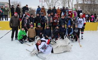 Хоккеисты провели мастер-класс со школьниками